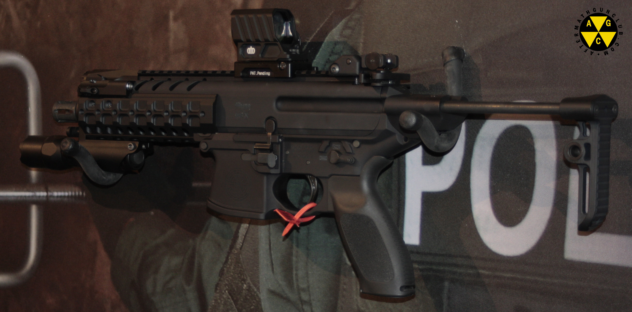 Photos of the SigSauer MPX