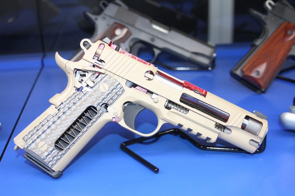 Colt-M1911-cutaway